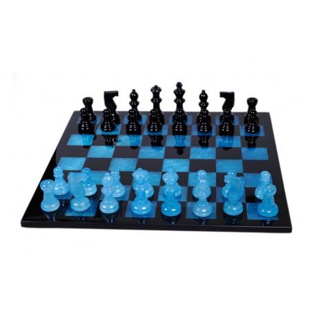 Jeu d'échecs en albâtre bleu